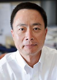 Su Chun Zhang headshot
